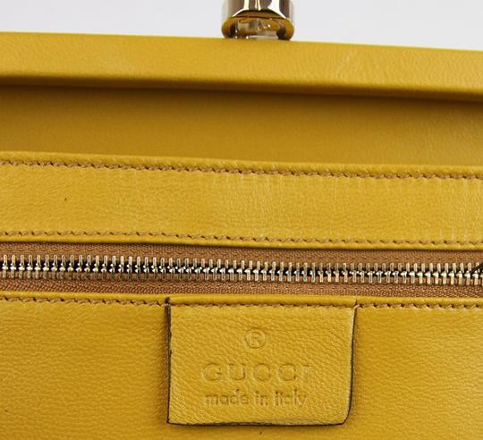 Gucci Broadway Suede Evening Yellow 7066 Clutch Image 6