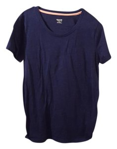 Mossimo Supply Co. T Shirt Navy with a peach ban in the collar