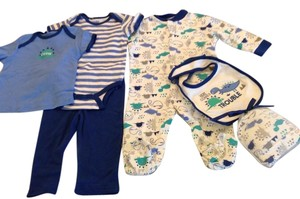 Baby Gear Baby Clothes Size: 3-6 months