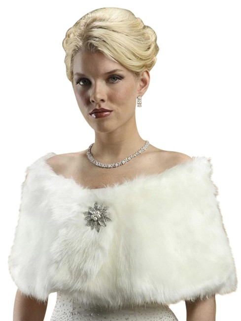 Item - Ivory Cream Faux Fur Mink Bridal 116w-cm Scarf/Wrap