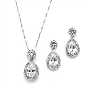 Mariell Brilliant Cz Halo Pear Shaped Silver Necklace And Earrings Set 4550s-rg