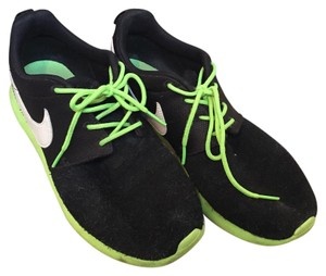 Nike Black/white/lime green Athletic