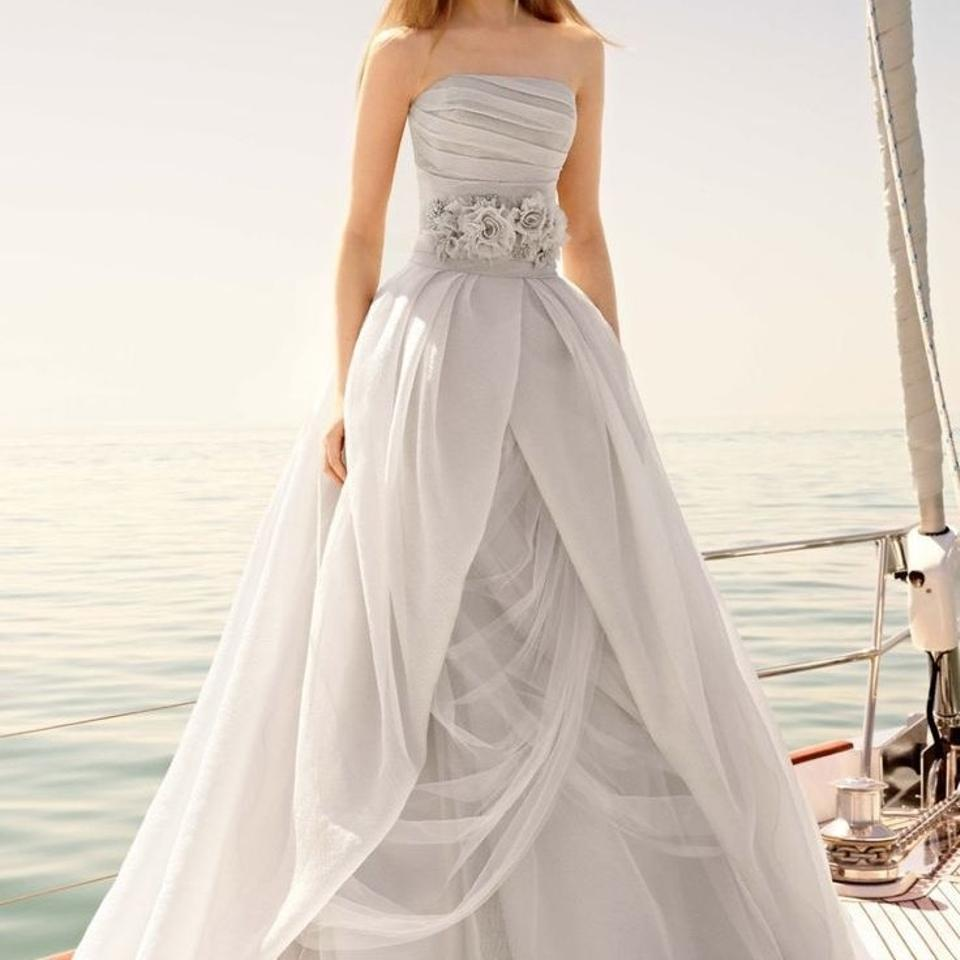 Vera wang bridal wedding dress on sale 36 off wedding for Vera wang wedding dresses sale