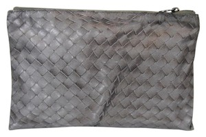 Bottega Veneta New Authentic Intrecciolusion Nylon Cosmetic Bag Pouch 301491