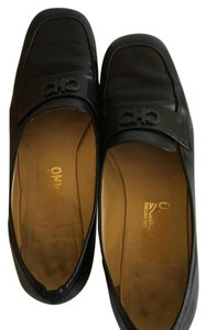Salvatore Ferragamo Leather Loafers black Flats