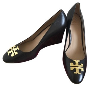 Tory Burch BLACK / GOLD Wedges
