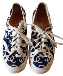 Chanel navy white Athletic