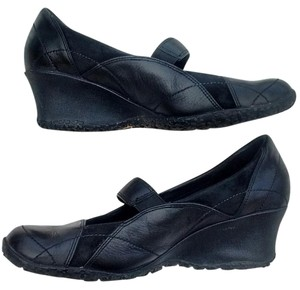 Merrell Black Wedges