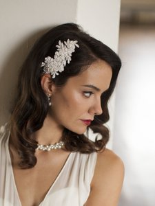 Mariell Ivory Top Selling Beaded Lace Applique Comb Hair Accessory