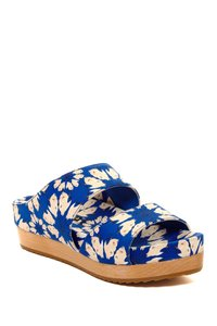 Alice + Olivia Umbrella Blue Sandals
