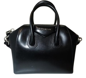 Givenchy Antigona Mini Satchel in Black