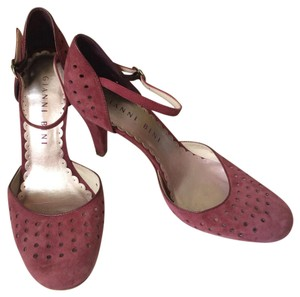 Gianni Bini Magenta Pumps