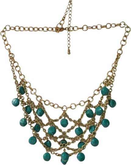 Preload https://item1.tradesy.com/images/other-pretty-statement-necklace-1967490-0-0.jpg?width=440&height=440