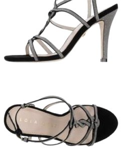 Lola Cruz Grey Formal