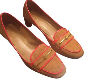 Tory Burch Brown suede with orange edging. Pumps