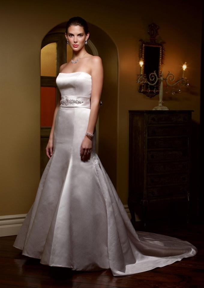Casablanca 1910 wedding dress on sale 70 off wedding for Best way to sell used wedding dress