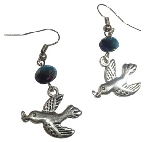 Other New Silver Tone Blue Crystal Bird Charm Earrings J2957