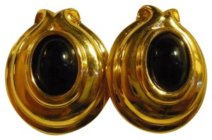 Fendi Fendi Faux Giold Black Stone Non Pierce Earring
