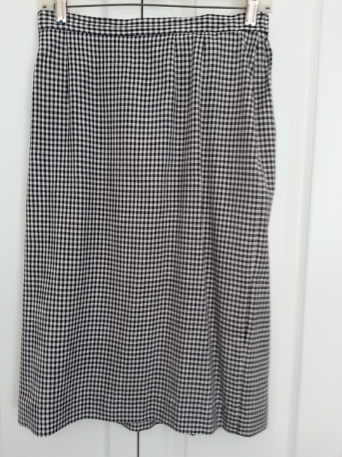 Liz Claiborne Short sleeve skirted suit / black and white check