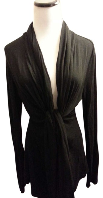 Preload https://item1.tradesy.com/images/banana-republic-black-one-size-fits-most-cardigan-size-12-l-196775-0-0.jpg?width=400&height=650