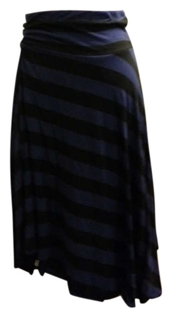 Preload https://item2.tradesy.com/images/express-blackpurple-purpleblack-striped-knee-length-skirt-size-0-xs-25-196776-0-0.jpg?width=400&height=650