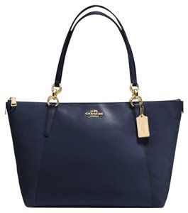 Coach Logo Classic Tote in Navy