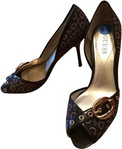 Guess Brown Classic Peep Toe Gold Buckle Brown, Gold Pumps