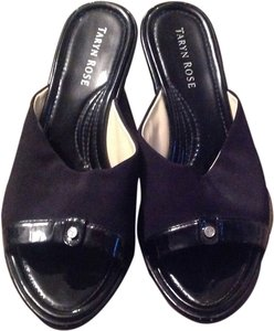 Taryn Rose Black Wedges