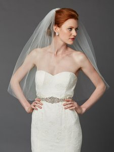 Mariell Ivory Classic Waist Or Elbow Length Single Layer Cut Edge Wedding Veil 4433v-30-i