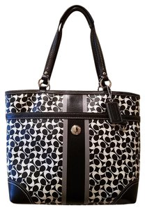 Coach Leather Chelsea Tote in Black and White