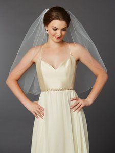 Mariell Gold Pencil Edge Classic Ivory Waist Or Elbow Single Layer Wedding Veil 4434v-30-i-g