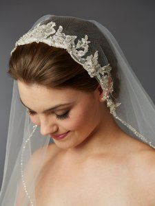 Mariell Ivory Medium Fingertip with Embroidered Silver Lace Applique Headpiece 4421v-i-s Bridal Veil