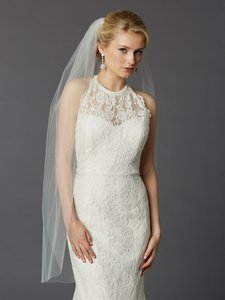 Mariell Long Fingertip Or Hip Length Single Layer Cut Edge Bridal Veil In Ivory 4433v-42-i