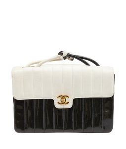 Chanel Vintage Patent Shoulder Bag