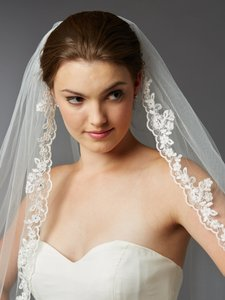 Mariell Ivory Medium Scalloped Lace Edge Fingertip Mantilla with Crystal & Beads 4418v-i Bridal Veil