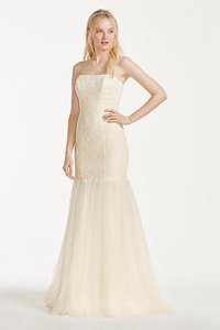 David's Bridal Strapless Lace Trumpet With Tulle Skirt Wedding Dress