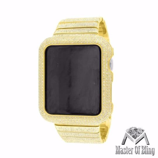 Preload https://img-static.tradesy.com/item/19680257/apple-yellow-gold-finish-real-diamond-65ct-steel-band-42-mm-watch-0-0-540-540.jpg