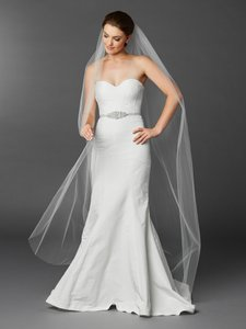 Mariell White Long Chapel Or Floor Length One Layer Cut Edge In 4433v-72-w Bridal Veil