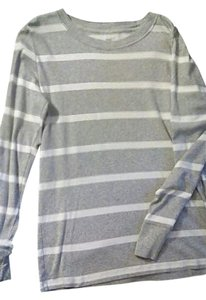 Gap T Shirt Gray and White Striped