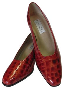 Calico New Leather Reptile Design Red Pumps