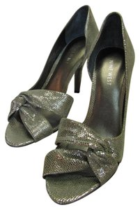 Nine West Leather Reptile Design Silver Sandals