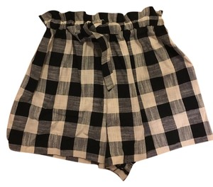 Topshop Vintage Playful Classic Plaid Mini/Short Shorts Black and Ivory