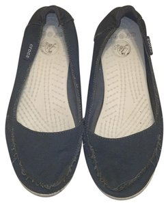 Crocs Blue canvas Flats