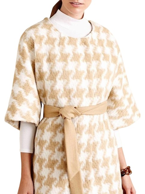 Item - Beige Cape Coat Size 10 (M)