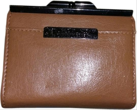 Kenneth Cole Kenneth Cole Tan Leather Coin Purse Wallet