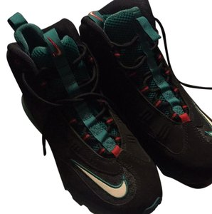 Nike Black green and red Athletic
