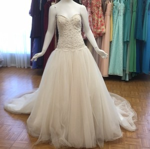 Allure Bridals Champagne Ivory Formal Wedding Dress Size 12 (L)