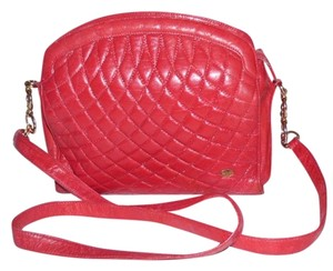 Bally Dressy Or Casual Excellent Vintage Soft Chain/ Straps Perfect Pop Of Color Shoulder Bag