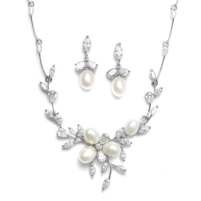 Item - Silver Ivory Pearl Romantic Cz Crystal Jewelry Set