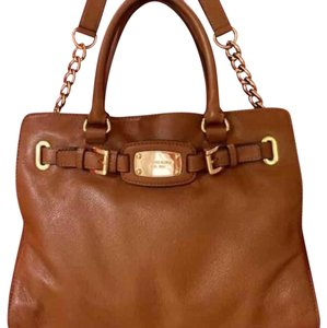 Michael Kors Satchel in Camel Brown